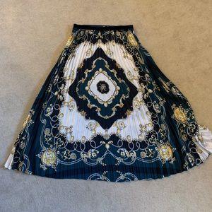 NEW luxe Zara TRF midi pleated skirt